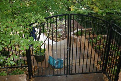 Overscallop-Residential-Walk-Gate