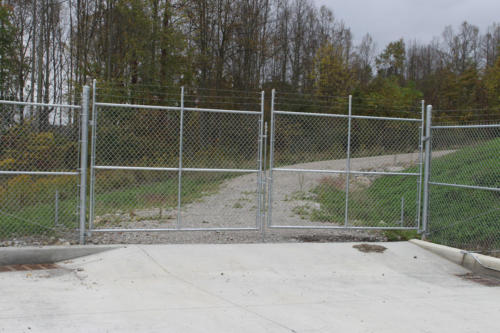 Chain-link-swing-gate-1