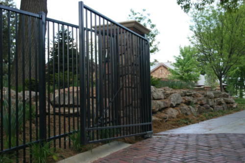 Estate Double Drive Gate